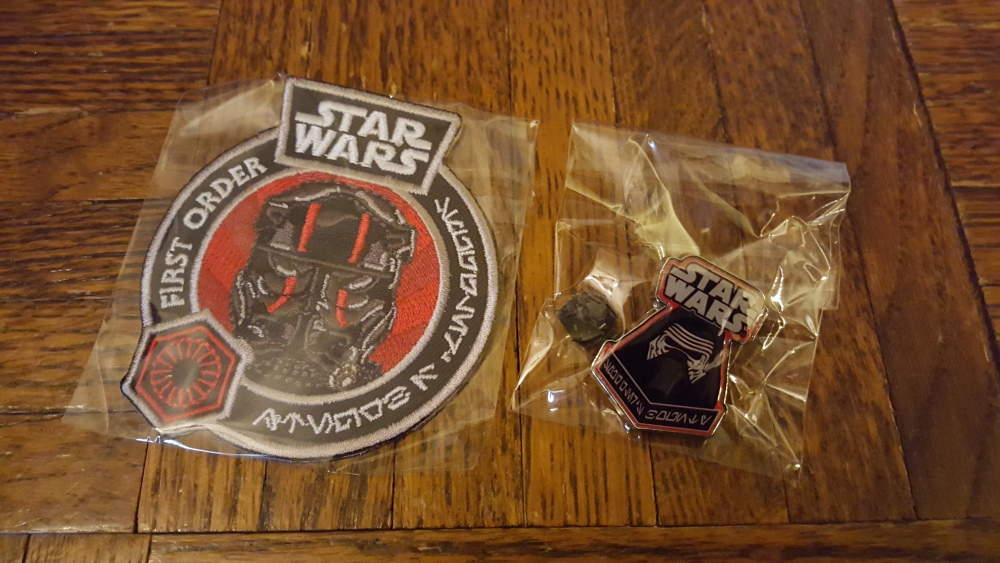 Review: Star Wars Smuggler's Bounty Premiere Box (3/5)